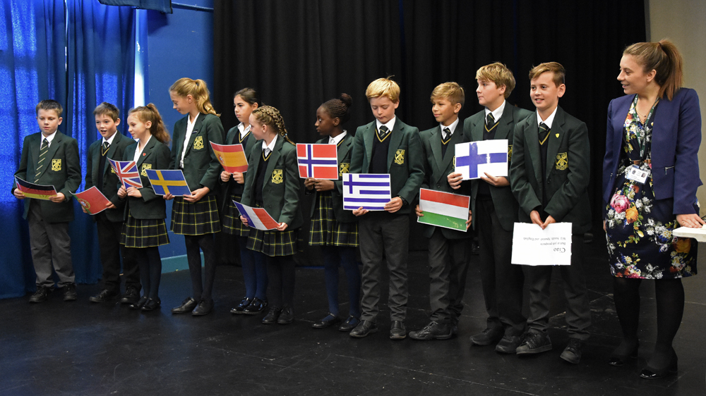 ciao  bonjour  hola  saint felix pupils enjoy european day